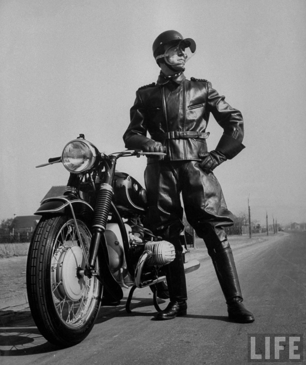 history-1954-german-motorcyclist1