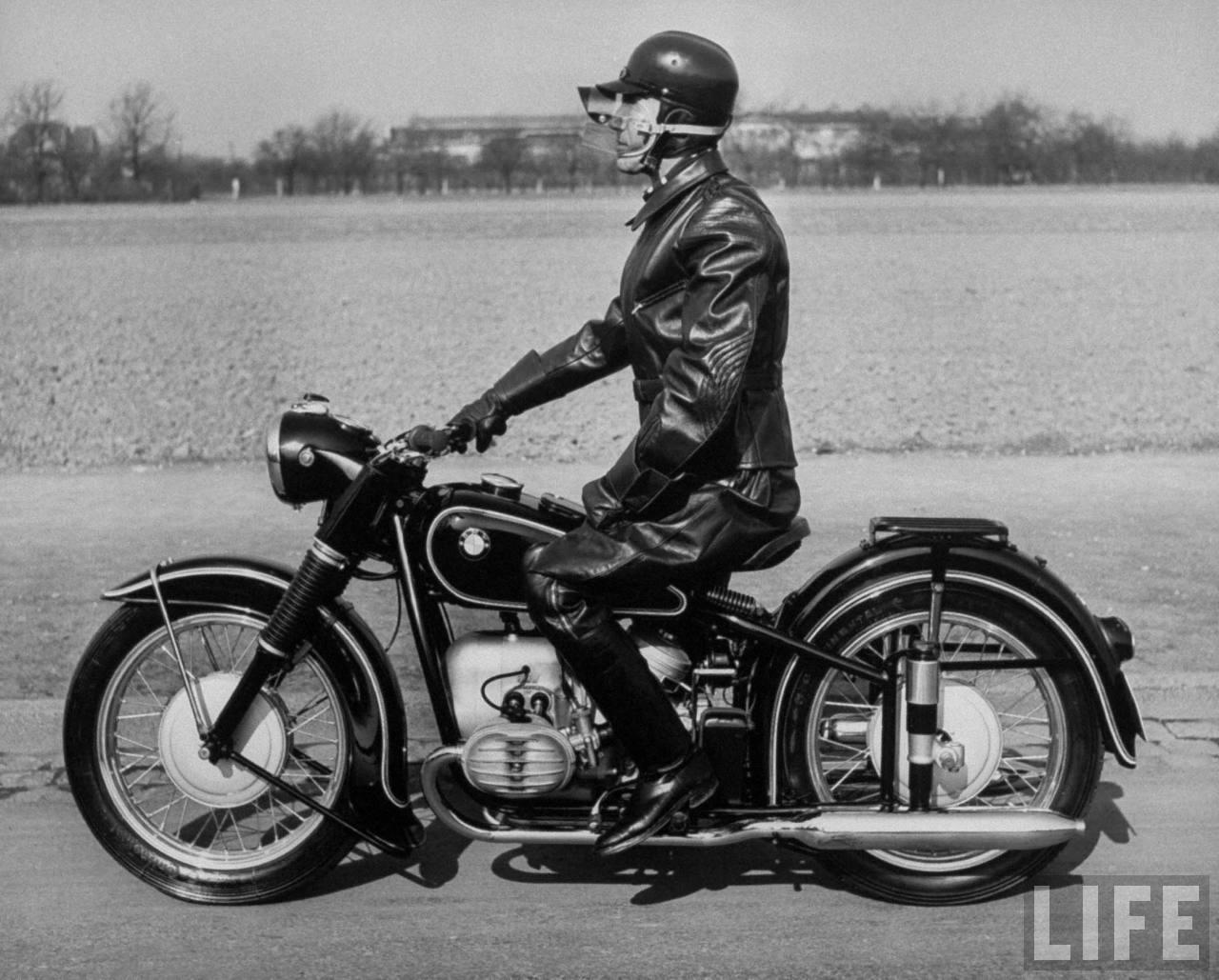 history-1954-german-motorcyclist2