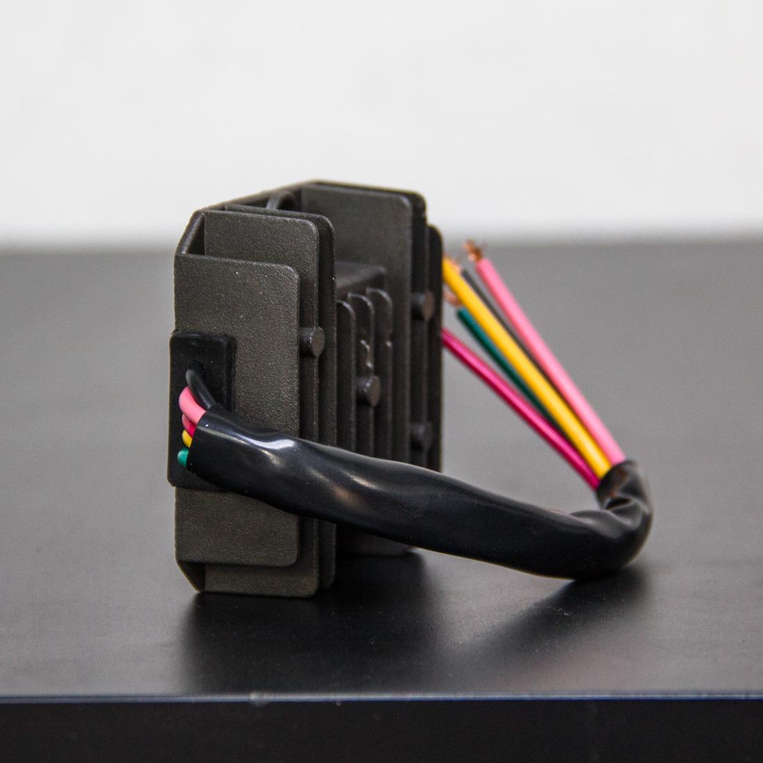 sparck-moto-rectifier-1100px-4