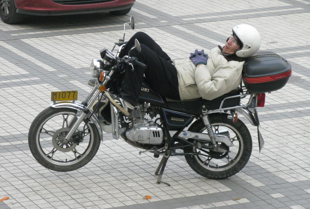 Sleeping On Motorcycles The Iron Butt Motel Moto Lady