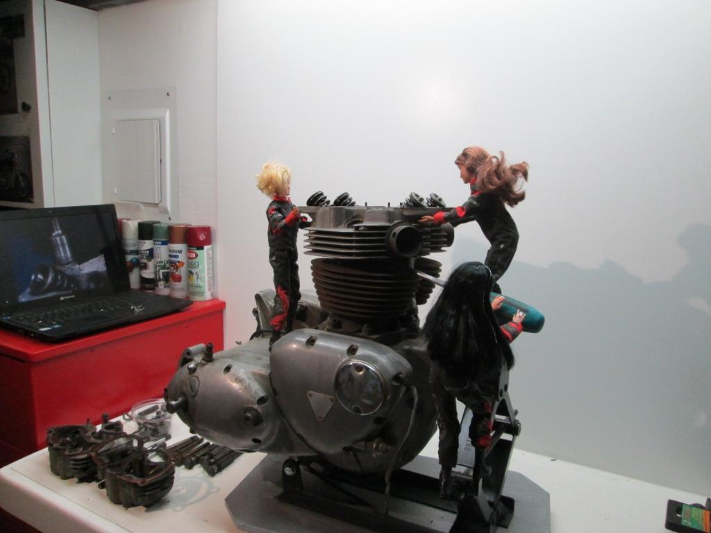 motorcycle-barbies9