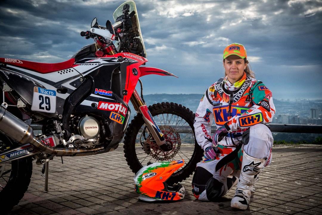 Laia-Sanz-Dakar-2015-1