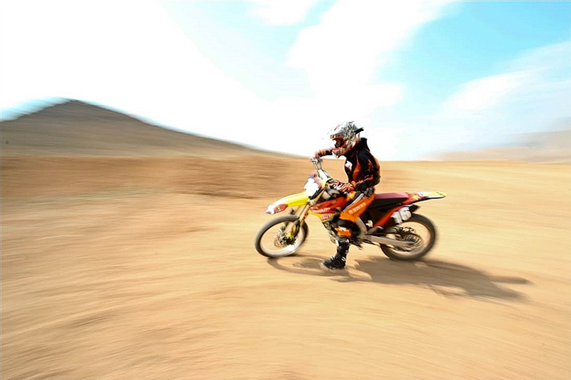 Behnaz-Shafiei-iran-motocross7