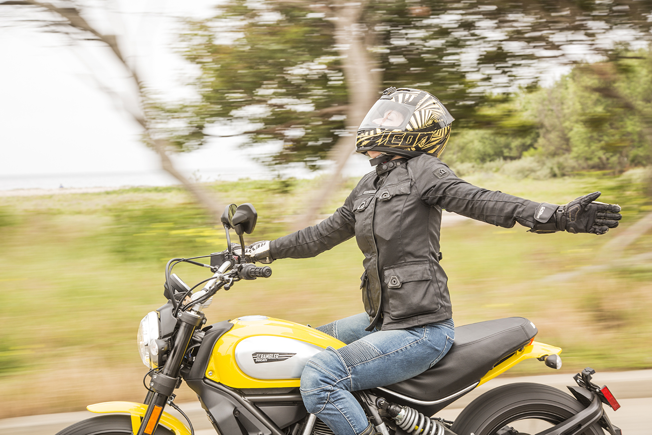 Motorcyclist Magazine MotoLady Scrambler