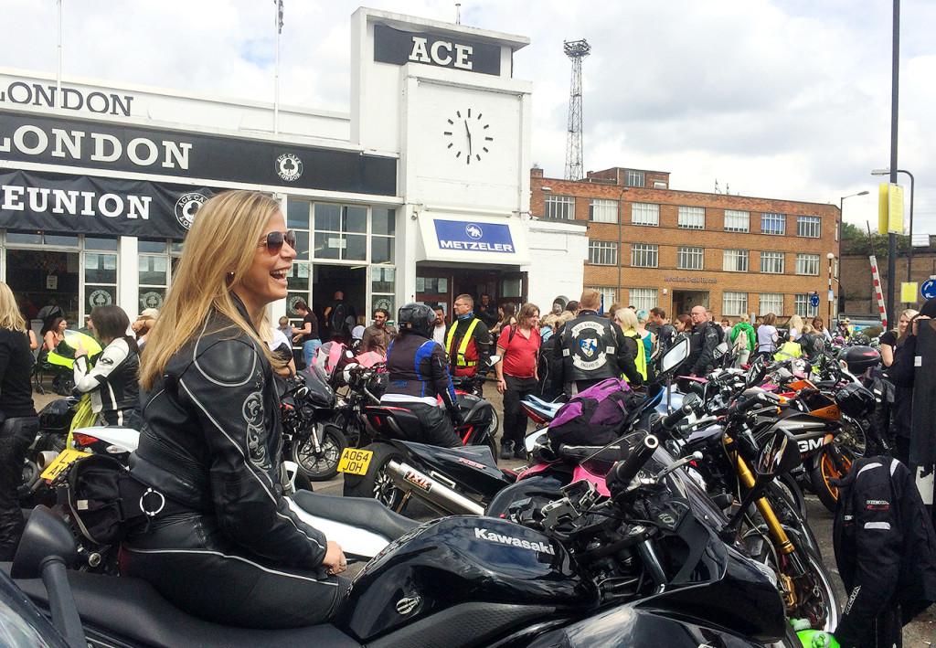 World S Largest All Female Biker Meet 618 Women At Ace
