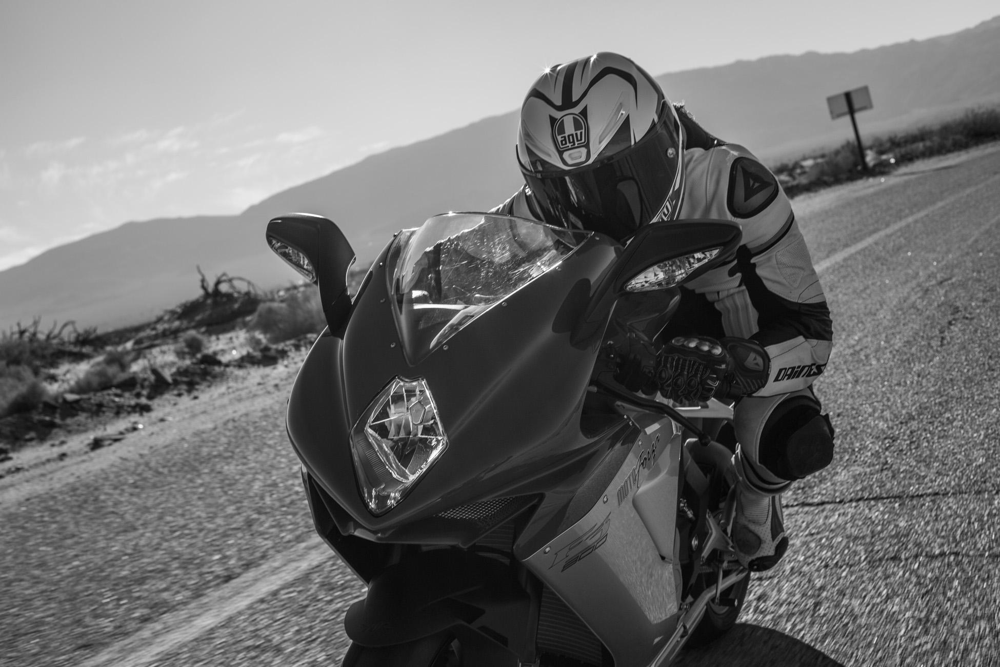jen-dunstan-womens-moto-exhibit5